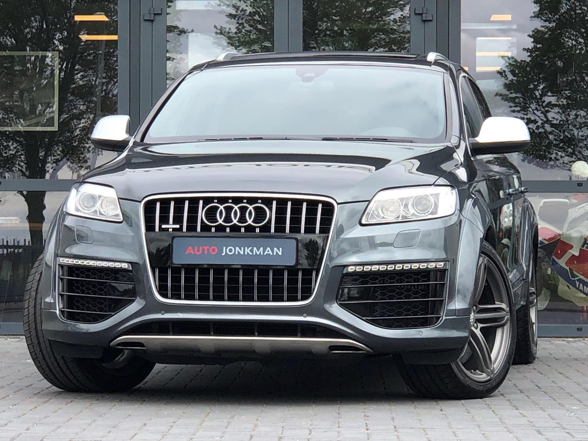 Audi-Q7-6.0 V12 TDI quattro 5+2 Keramische schijven, Dubbel dak, Adaptive cruise control, DVD , etc.-Auto Jonkman Berlikum