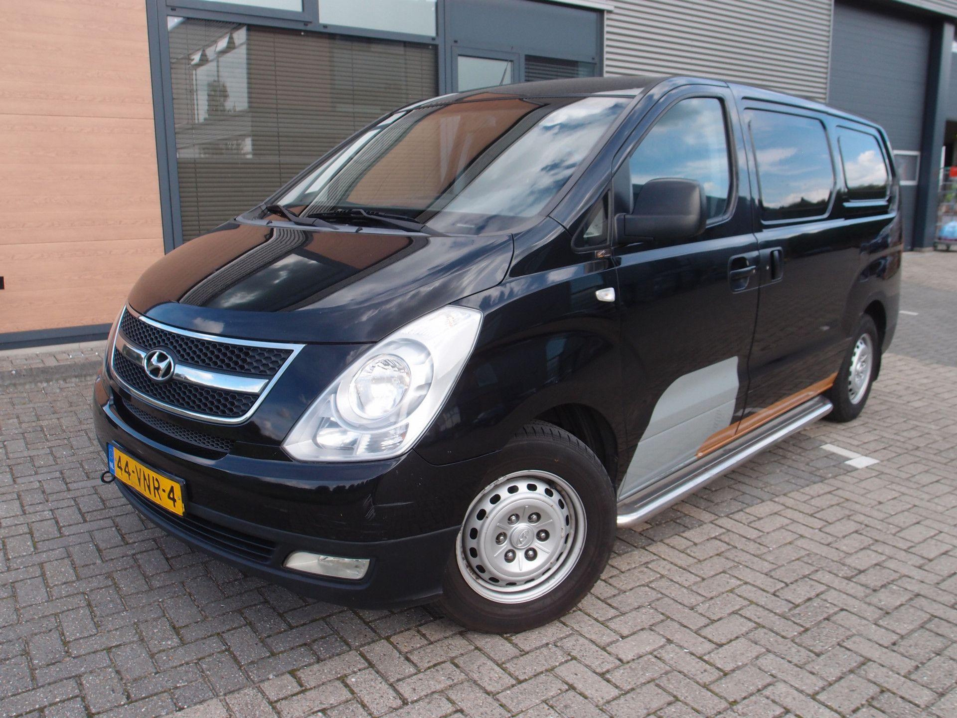 Hyundai-H300-2.5 CRDi Active 170pk trekhaak 2300kg nieuwe apk-Winkel-bedrijfsautos-Nieuwerkerk-ad-ijssel